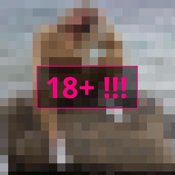 www.nudeccamshowz.com